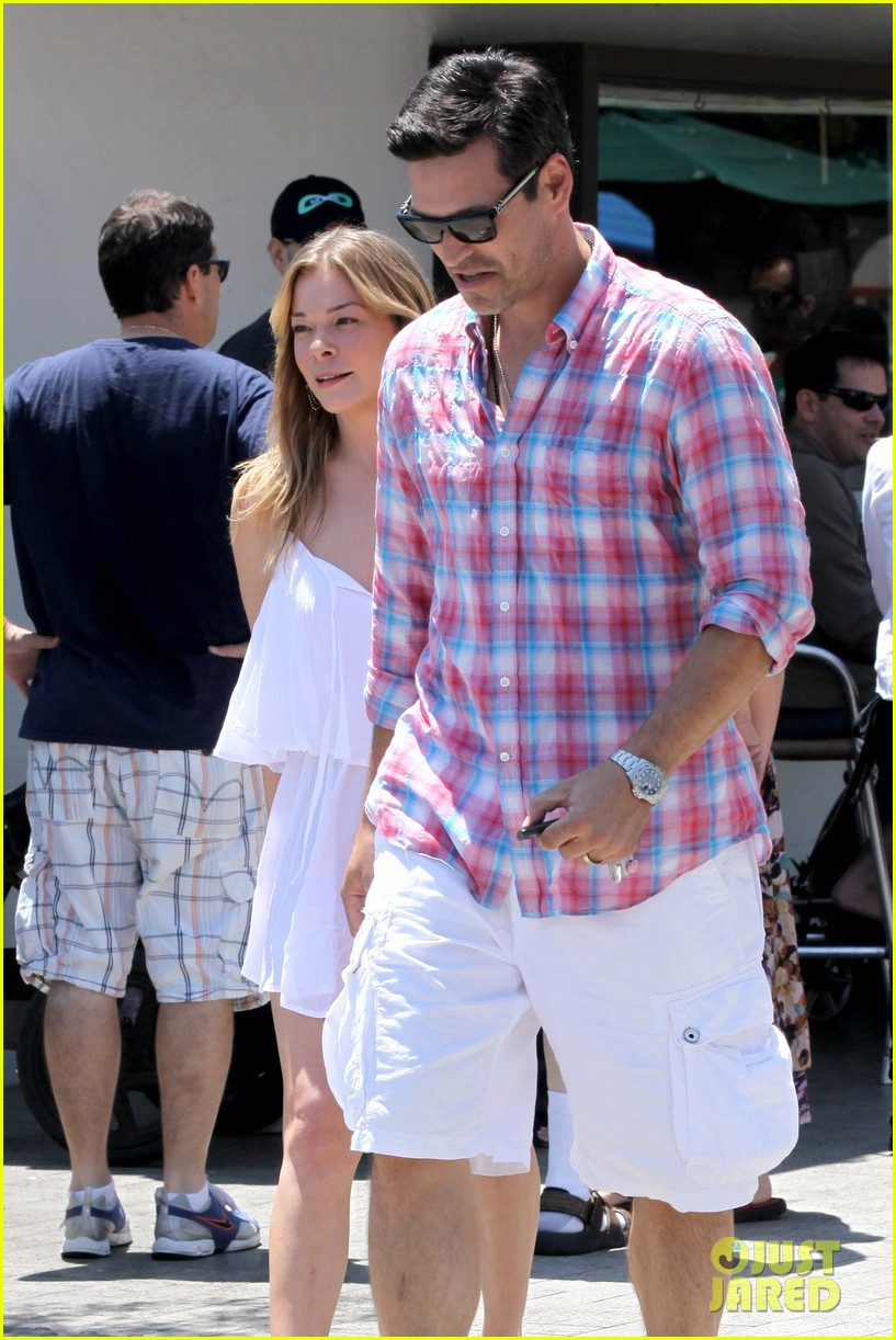 leann rimes eddie cibrian mothers day lunch parents 062869305