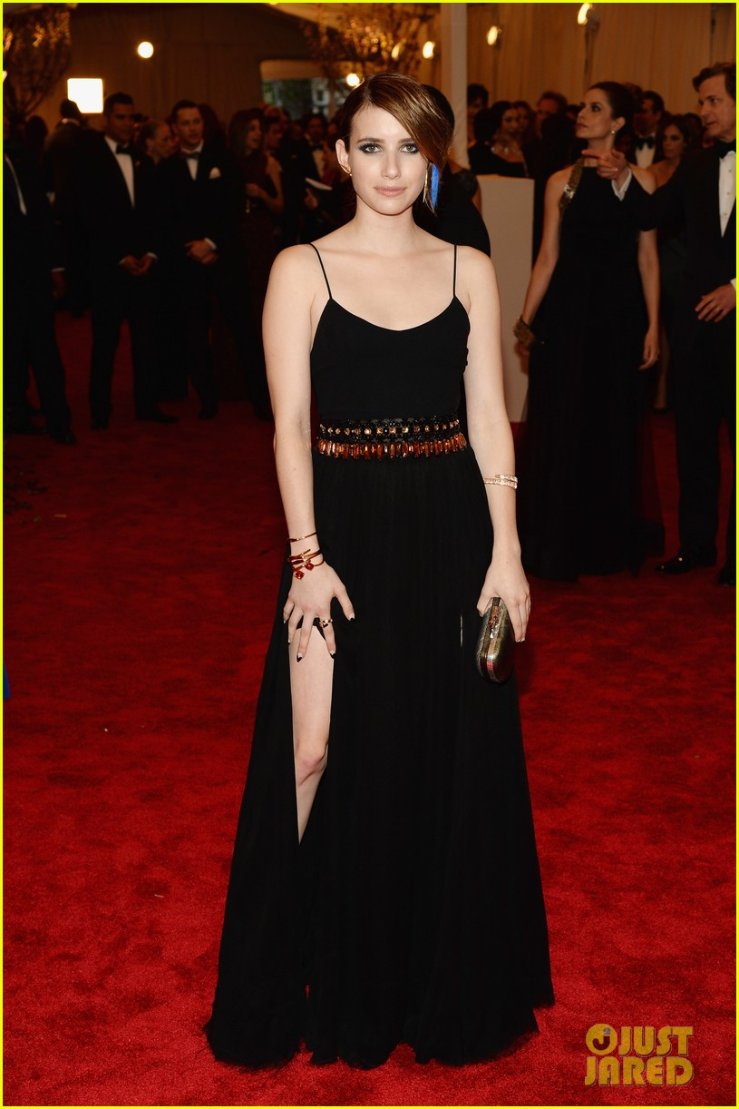 emma roberts met ball 2013 red carpet 022865188