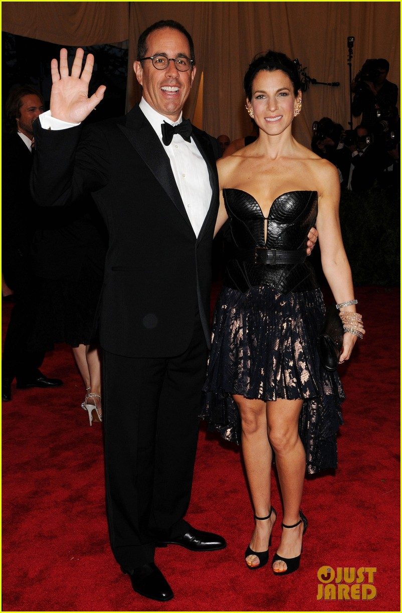 jerry seinfeld met ball 2013 red carpet with wife jessica 052865936