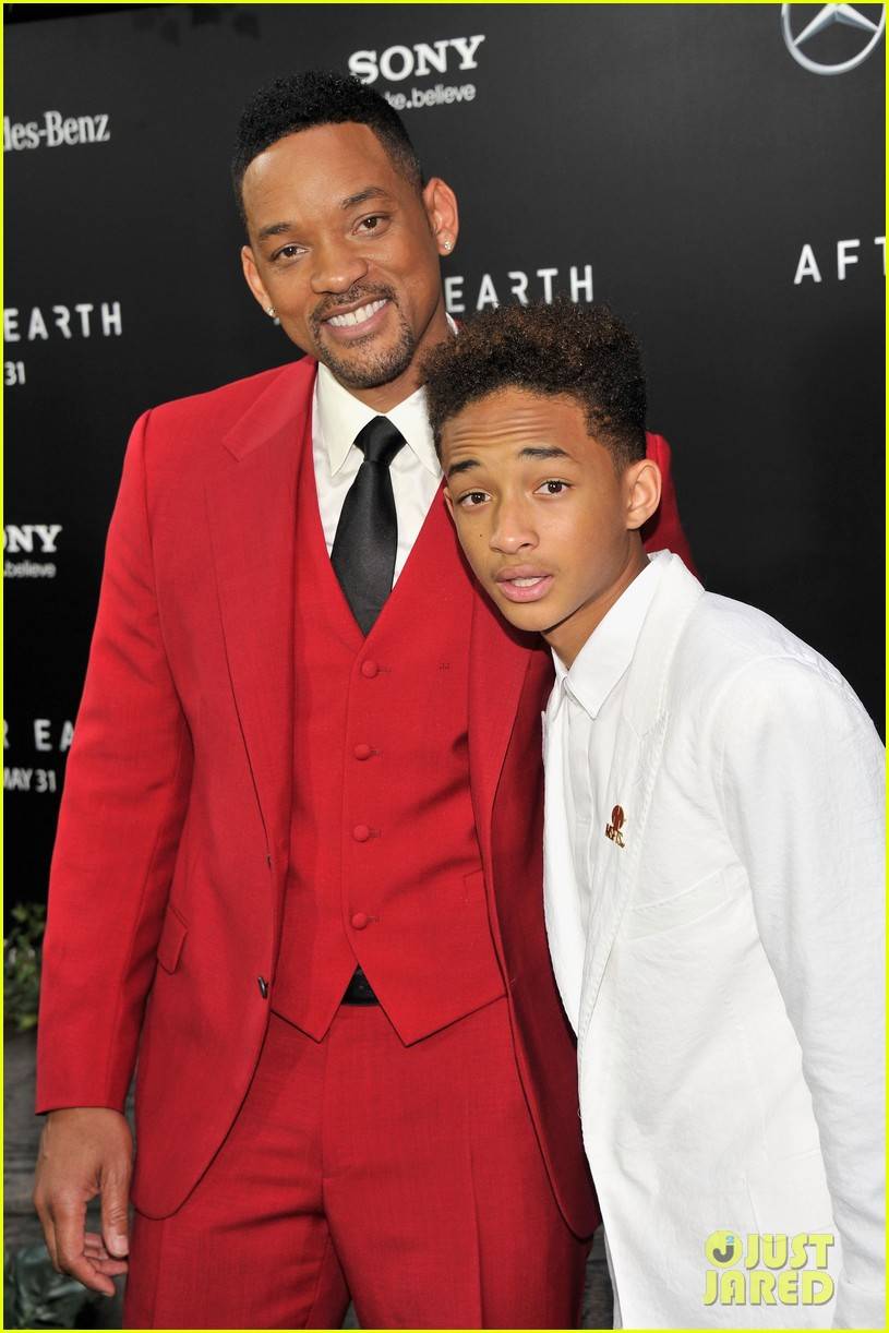 jada will smith after earth premiere with willow jada trey 072880268