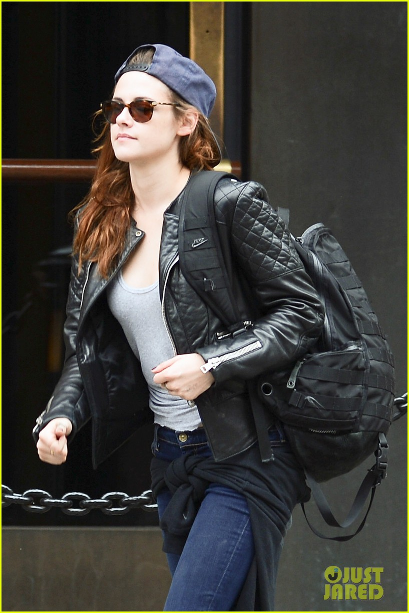 kristen stewart robert pattinson spotted together in nyc 042868160