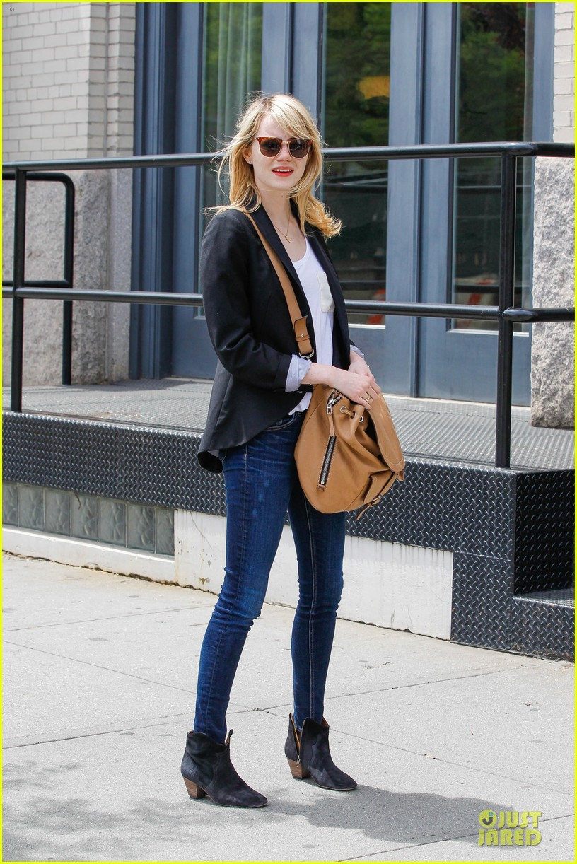 emma stone andrew garfield separate new york strolls 22