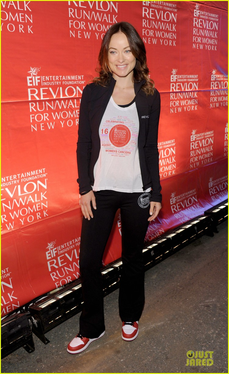 emma stone olivia wilde eif revlon run walk for women hosts 092863437
