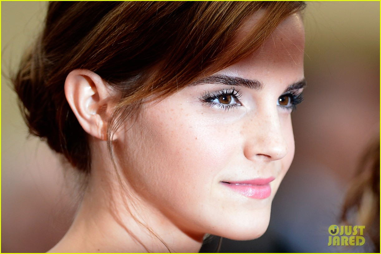 emma watson bling ring cannes premiere 06