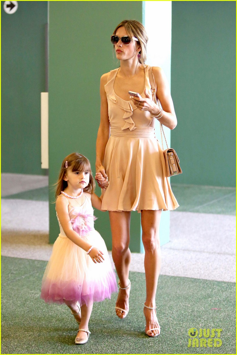 alessandra ambrosio my little pony premiere after anja graduation 35