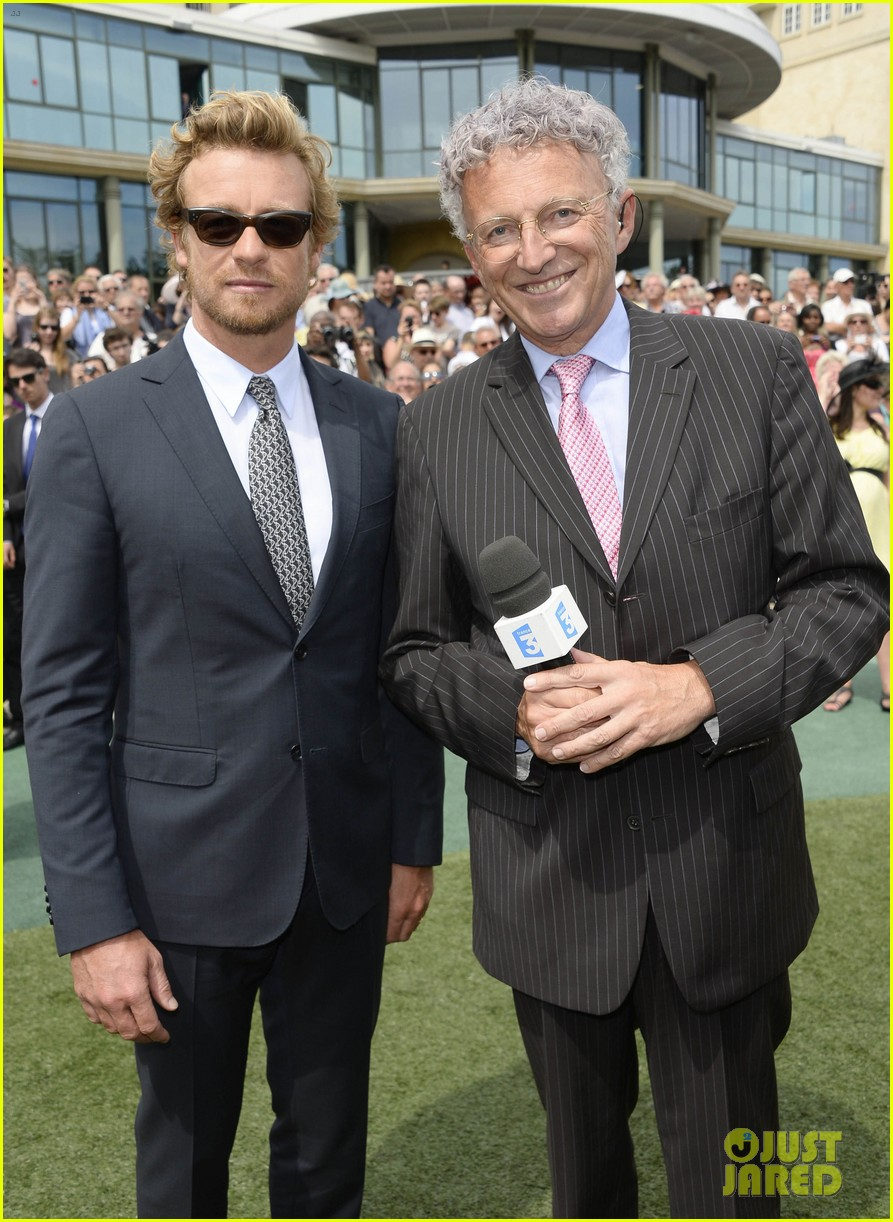simon baker prix de diane longines in paris 15