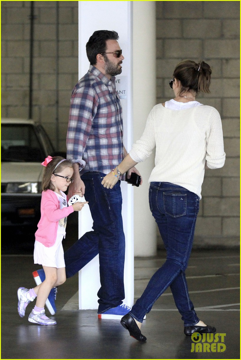 ben affleck jennifer garner sunday dinner with bens mom 052883077