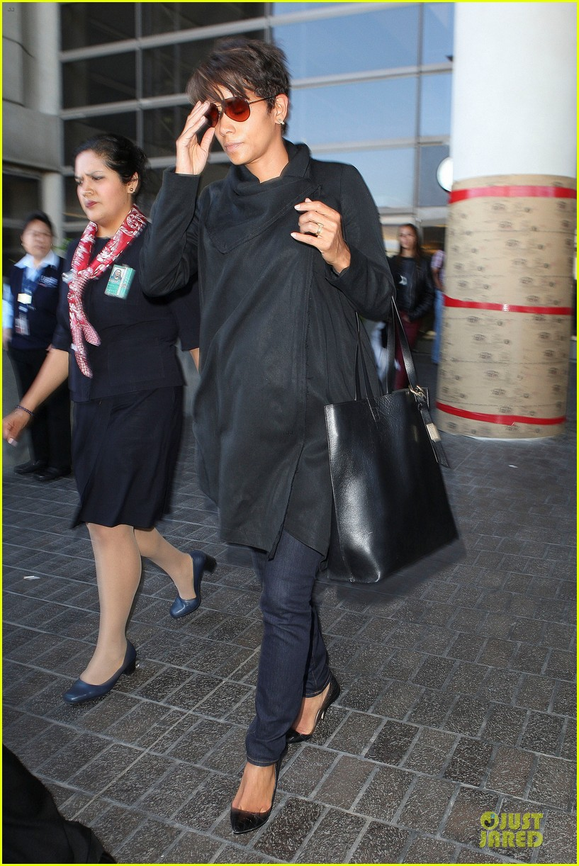 halle berry lax arrival after champs elysees film festival 162893421