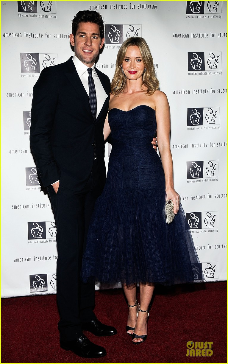 emily blunt john krasinski freeing voices changing lives benefit gala 01