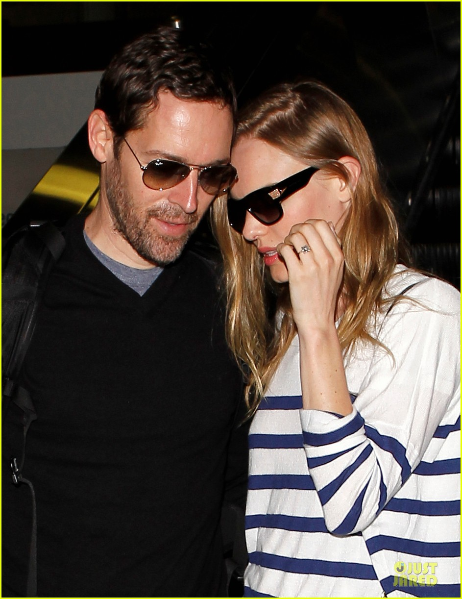 kate bosworth michael polish hold hands after lax landing 022890256