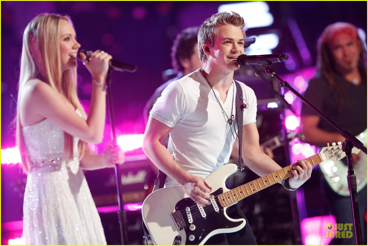 danielle bradbery hunter hayes the voice finale performance video 062894011