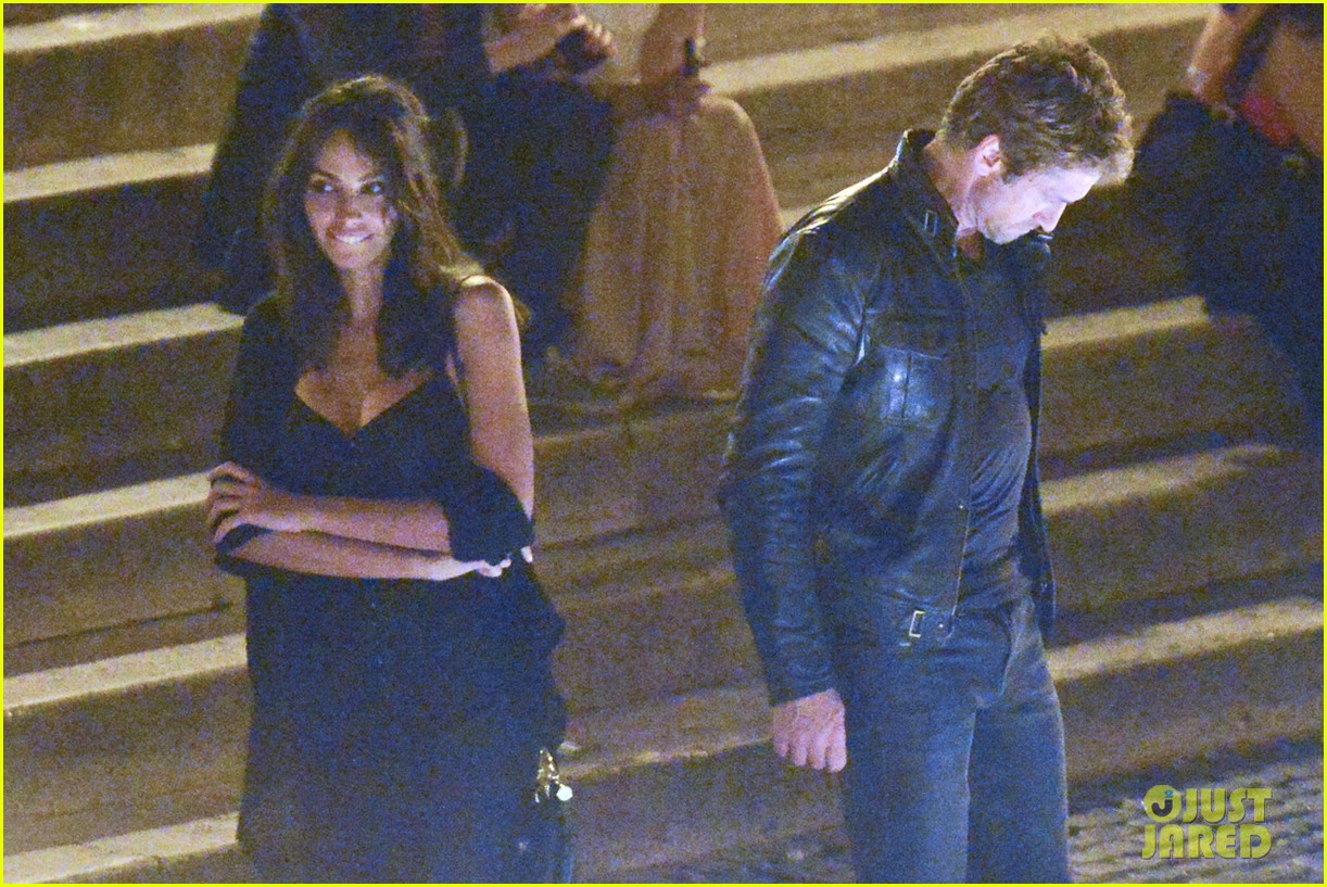 gerard butler rome night out with madalena ghenea 19