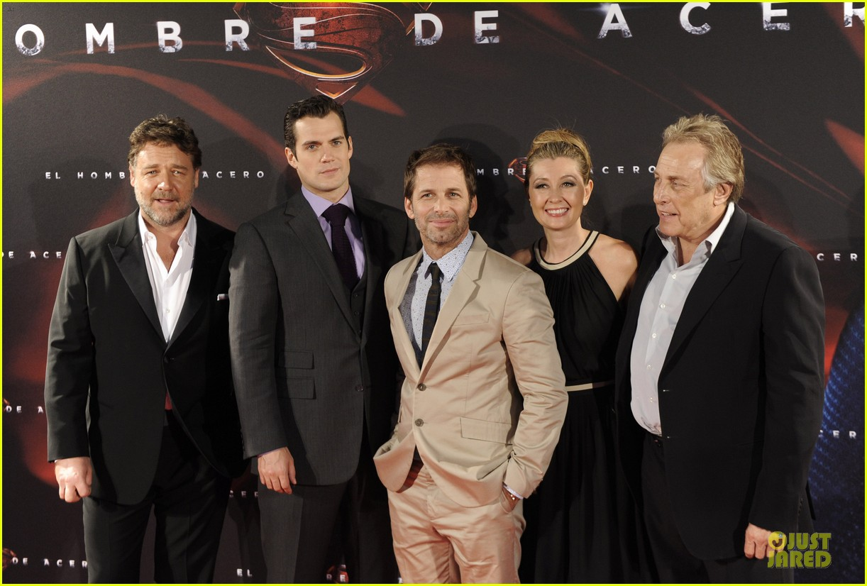 henry cavill russell crowe man of steel madrid premiere 232893076