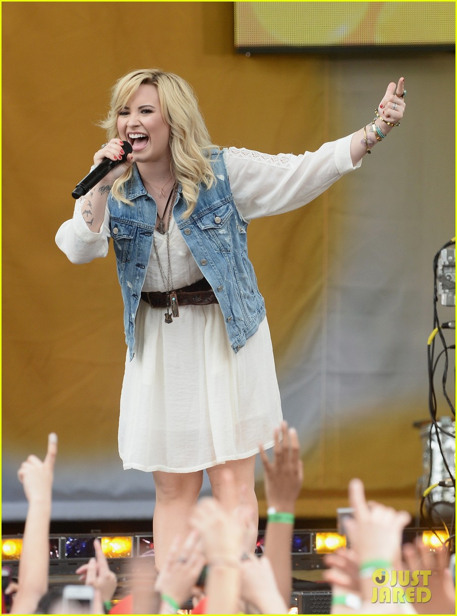 demi lovato good morning america summer concert performer 03
