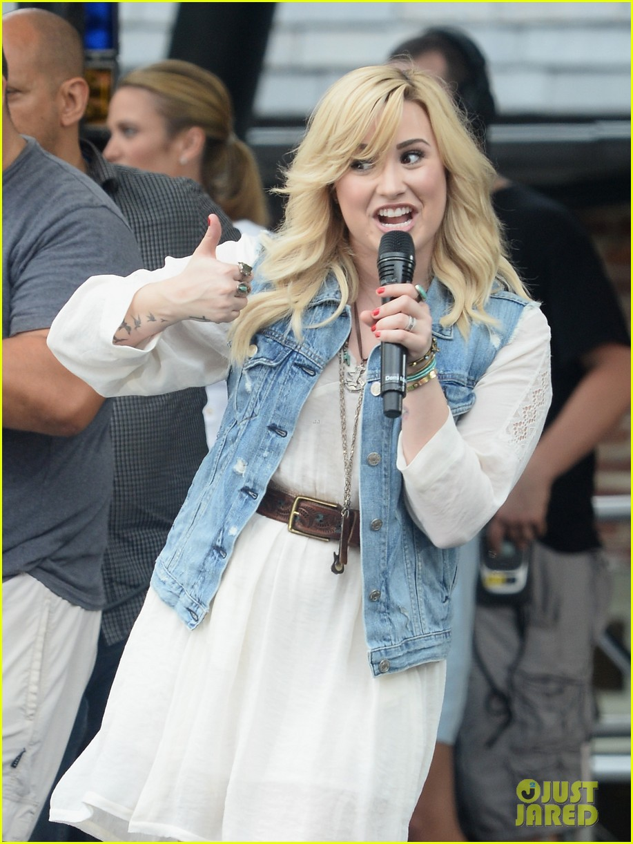 demi lovato good morning america summer concert performer 04