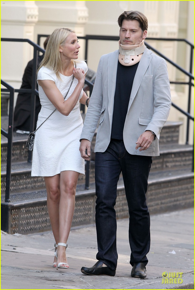 cameron diaz nikolaj coster waldau neck brace on other woman set 20