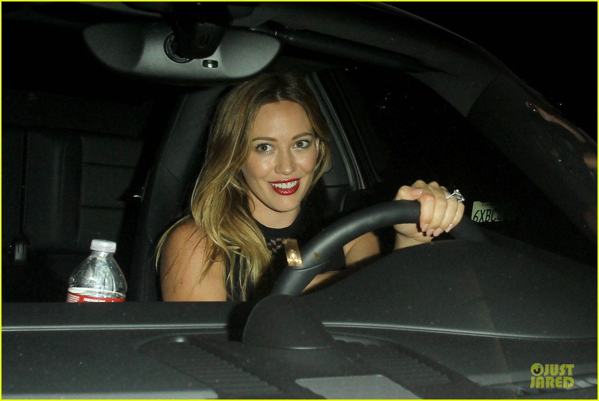 hilary duff hollywood freaks me out 02