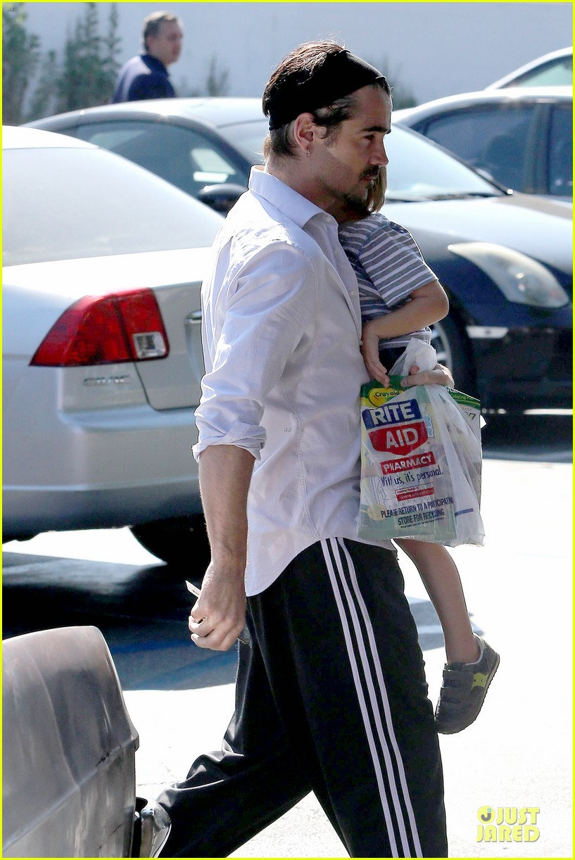 colin farrell rite aid snacks with henry 31