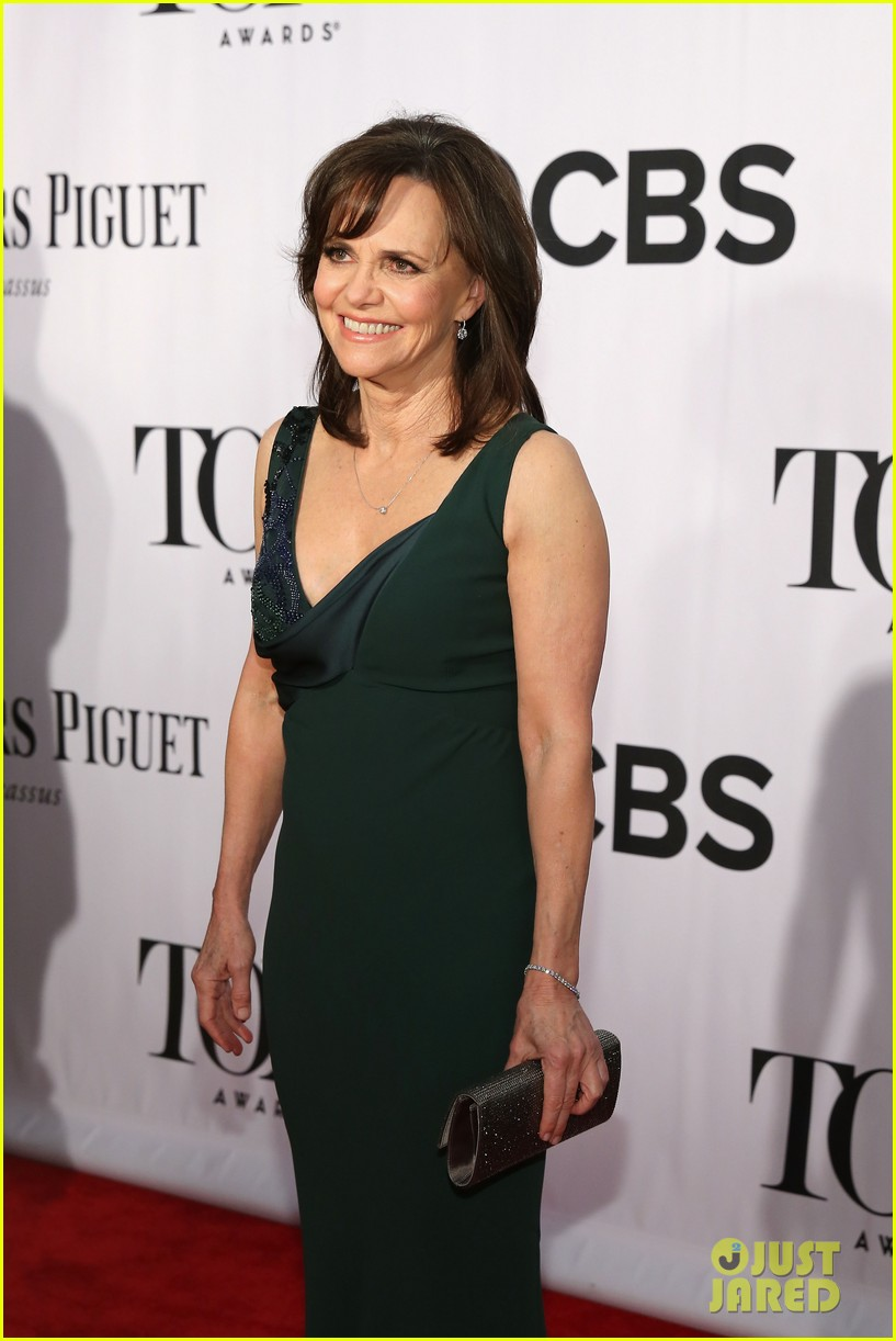 sally field martha plimpton tony awards 2013 red carpet 022887934