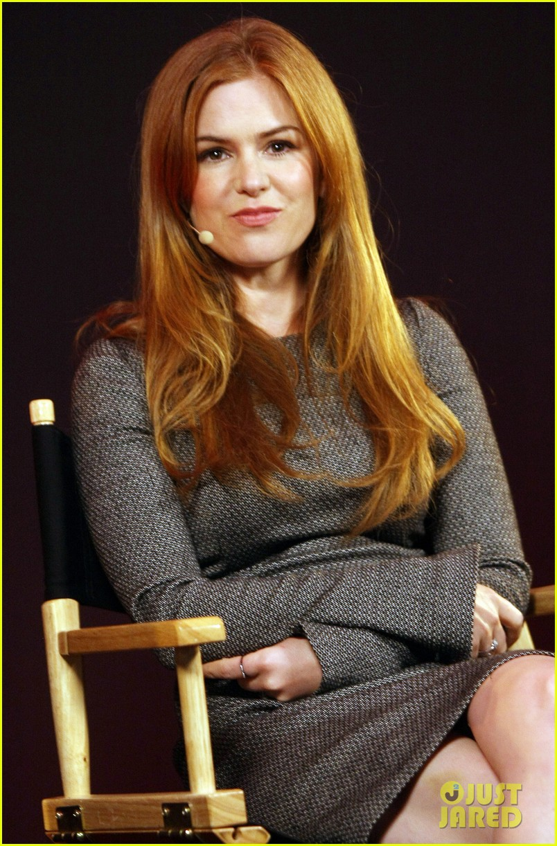 isla fisher apple store appearance in london 08