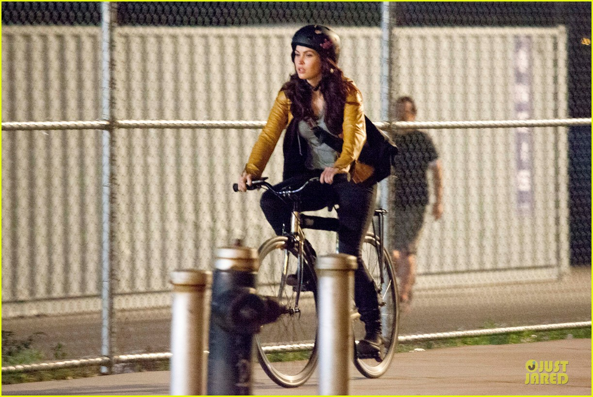 megan fox helmet safety for teenage mutant ninja turtles 012881906