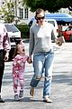 jennifer garner ben affleck star eco station with the girls 17