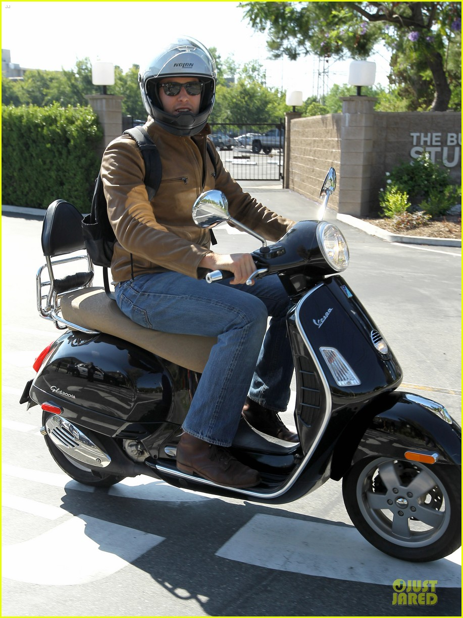 armie hammer motorcycle rider after leno appearance 102891590