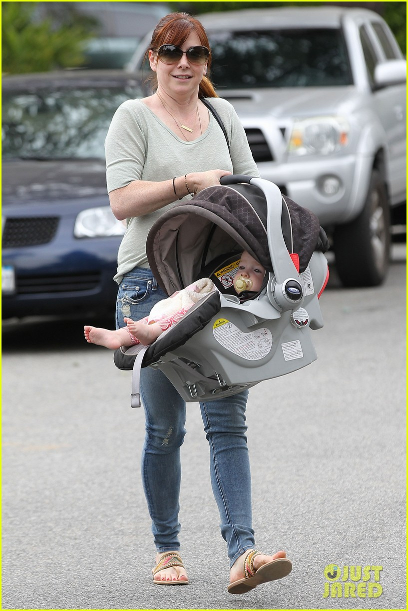 alyson hannigan girls day out with keeva 01