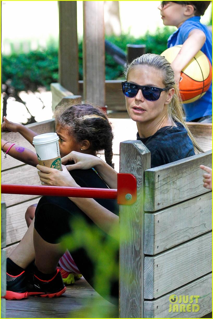 heidi klum martin kirsten take the kids to the park 312897216