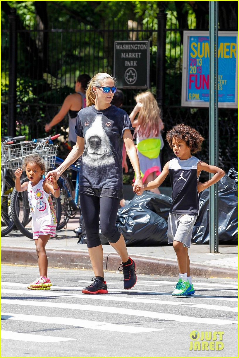 heidi klum martin kirsten take the kids to the park 322897217