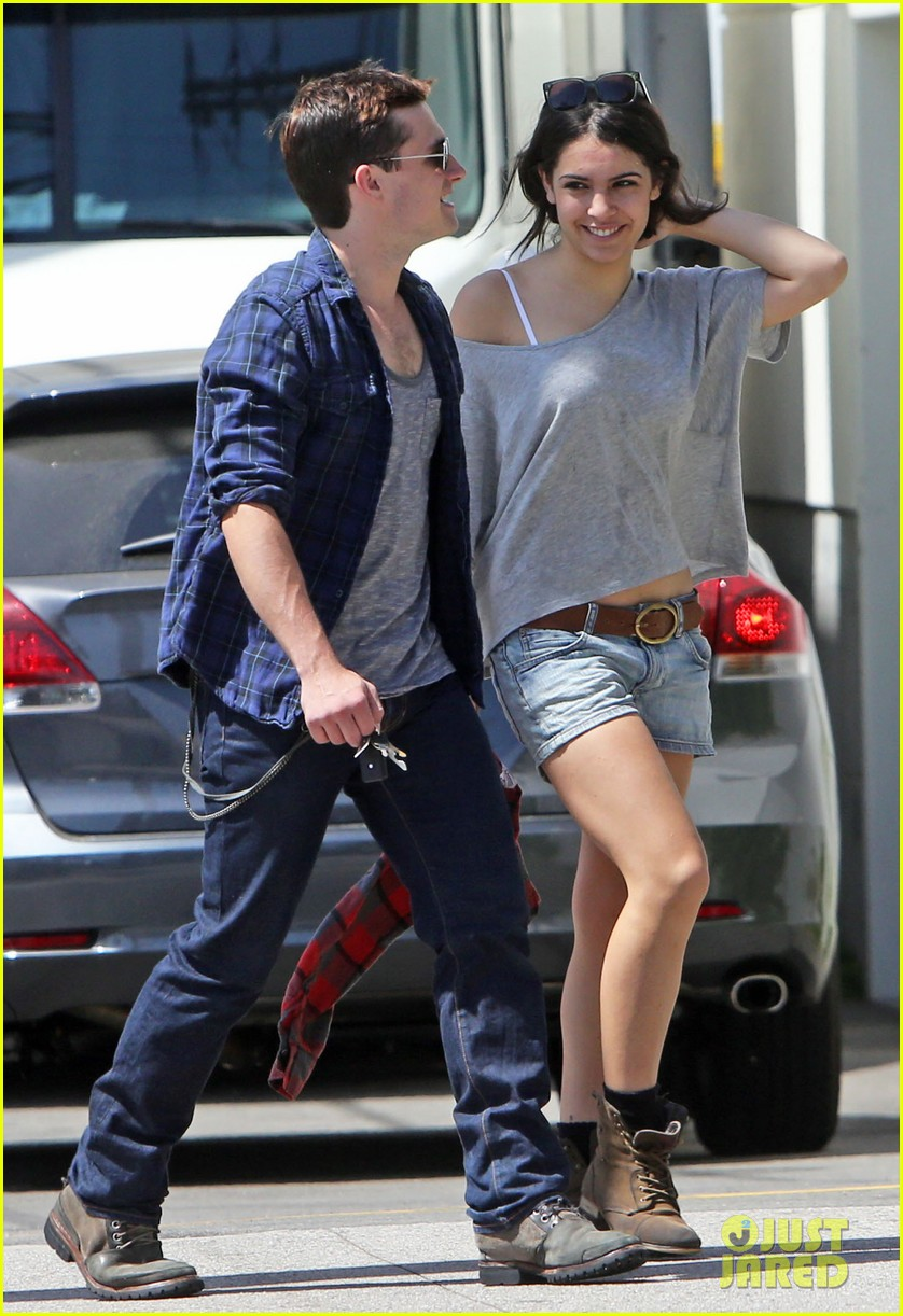 josh hutcherson claudia traisac kiss after motorcycle ride 09