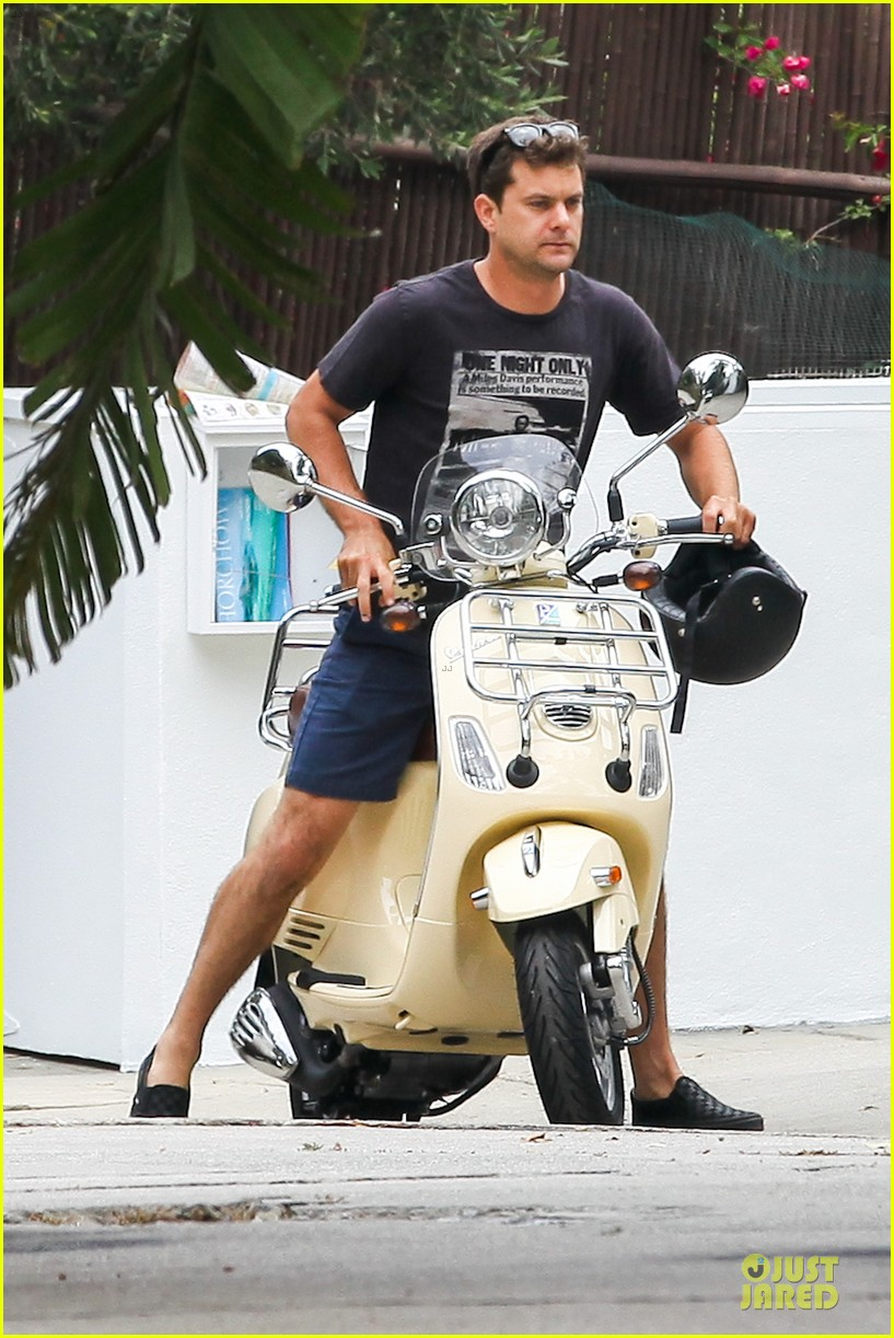 joshua jackson diane kruger engagement coming soon 092889963