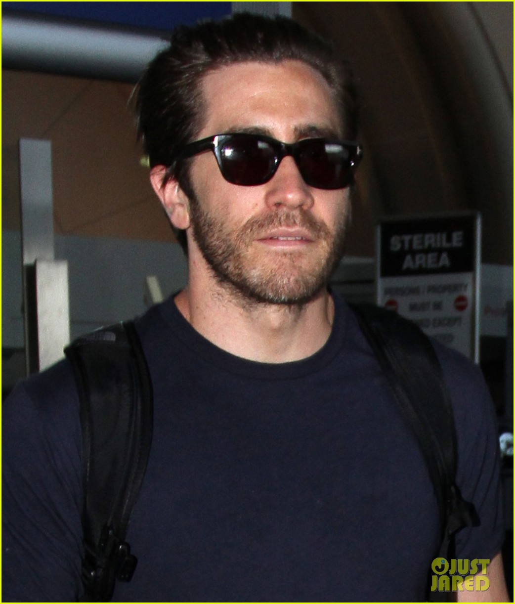 jake gyllenhaal sunday solo flyer 01