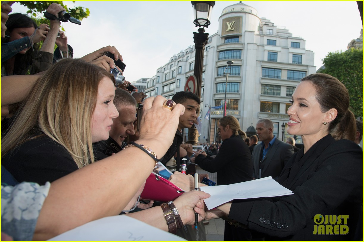 angelina jolie brad pitt world war z paris premiere 072883648