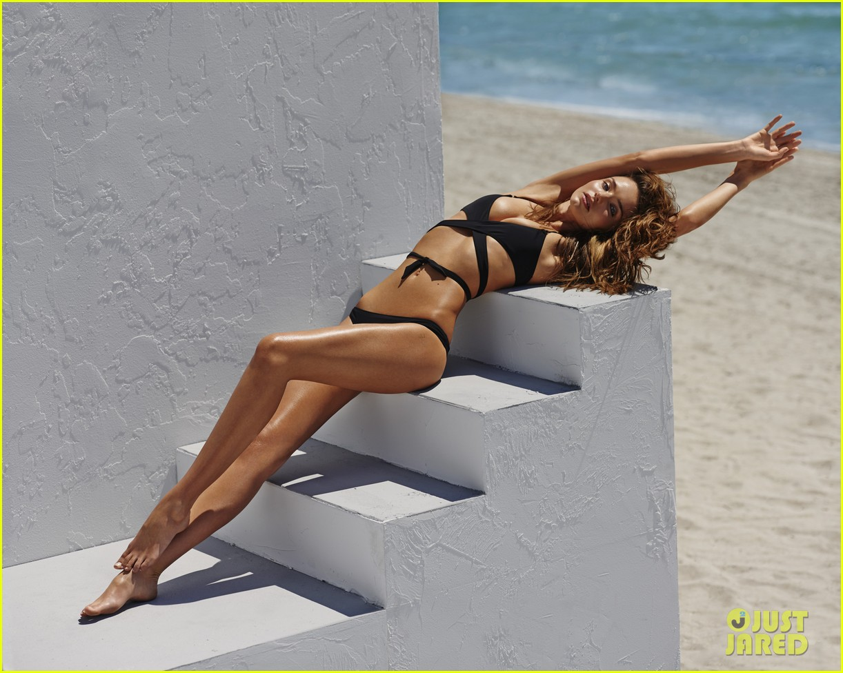 miranda kerr bikini for the edits swimwear issue 02