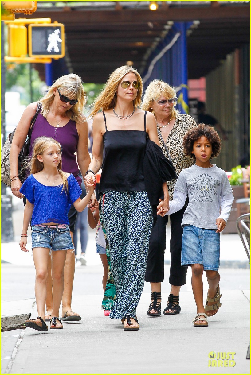 heidi klum i saved my kids hair for art projects 152900704