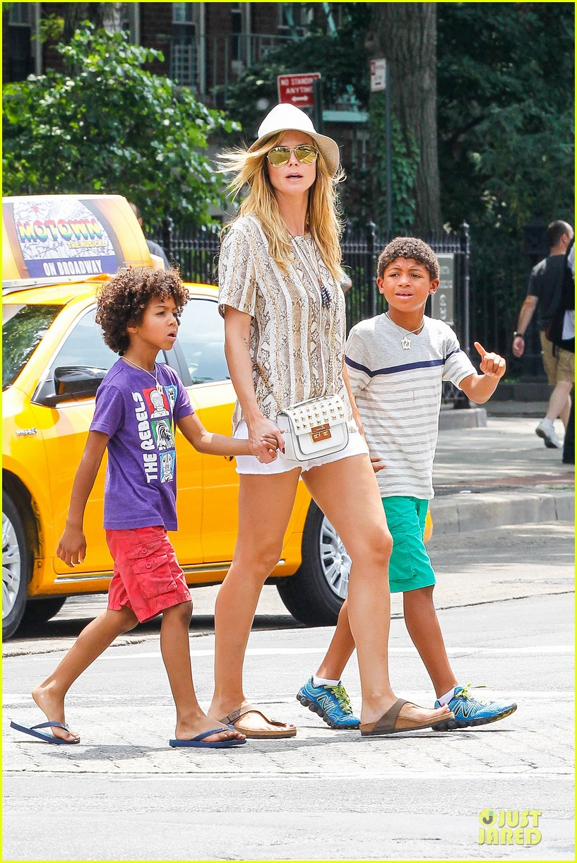 heidi klum martin kirsten bar pitti lunch with the kids 07