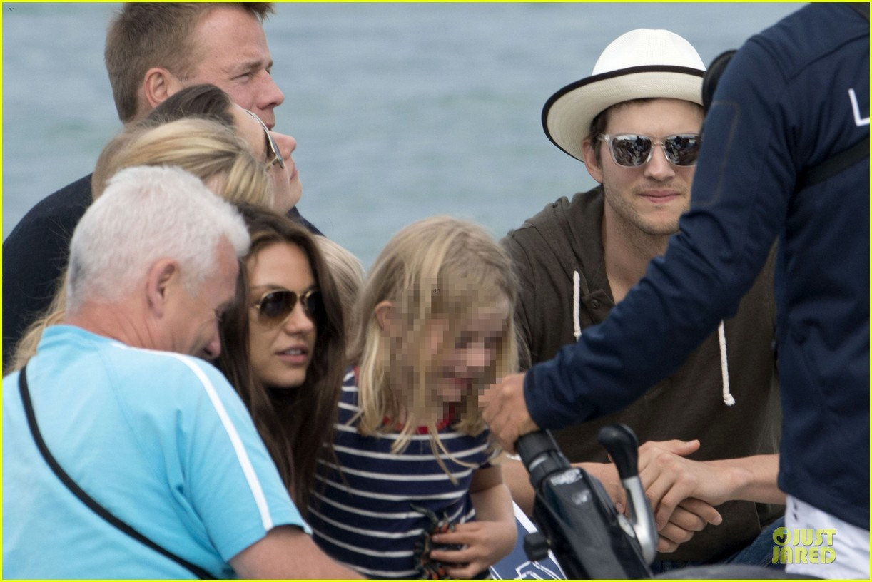 ashton kutcher mila kunis saint tropez with princess beatrice of york 10