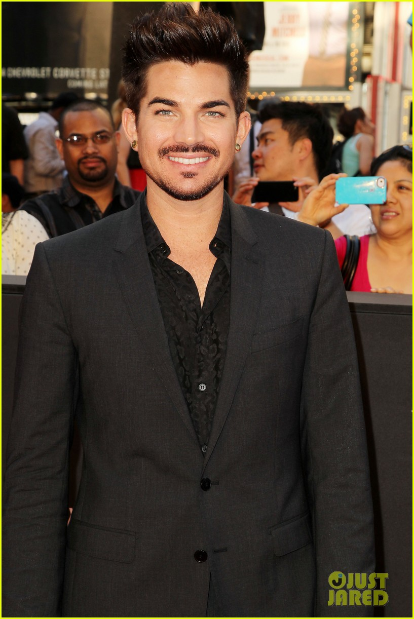 adam lambert world war z nyc premiere 052893331