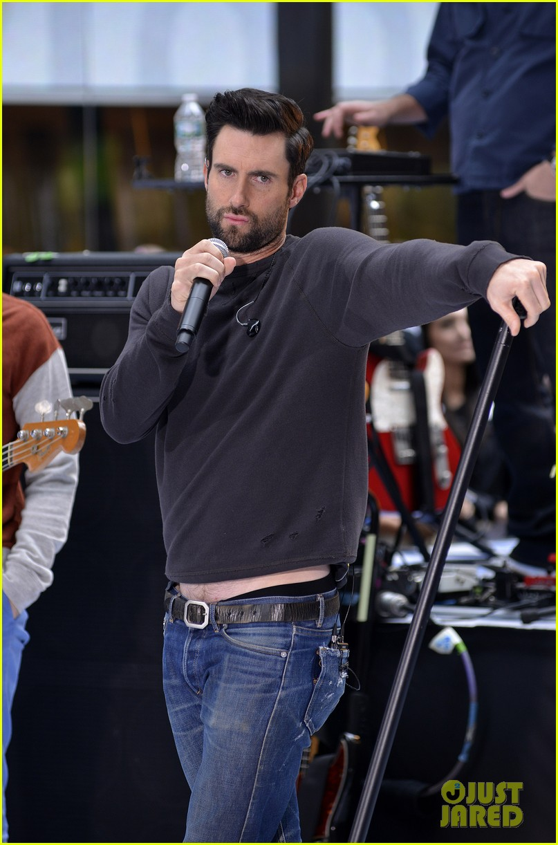 adam levine maroon 5 today show performance 14