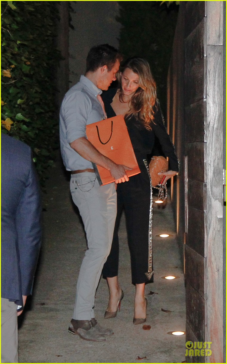 blake lively ryan reynolds celler de can roca dinner date 012898562