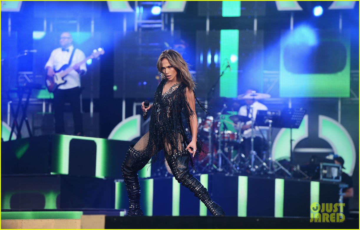 jennifer lopez mary j blige chime for change concert 212882151