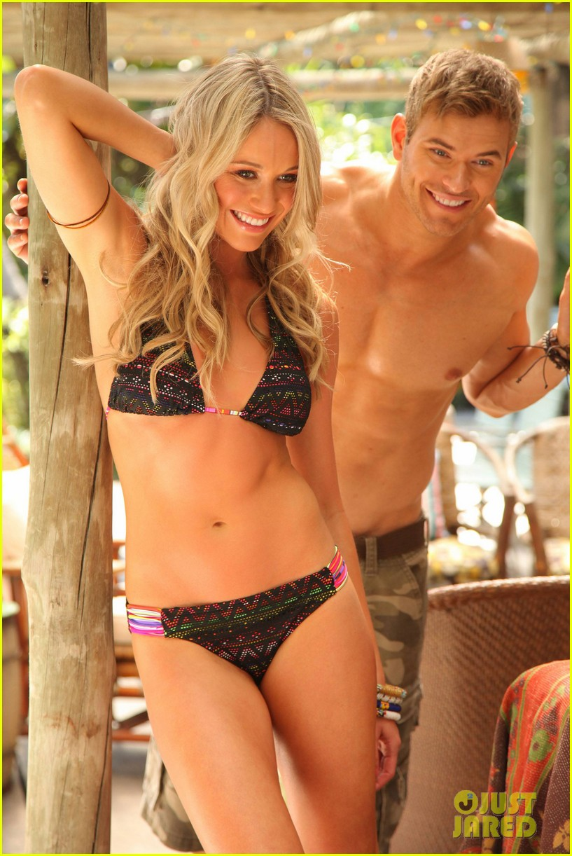 shirtless kellan lutz op summer 2013 images with katrina bowden 012898886