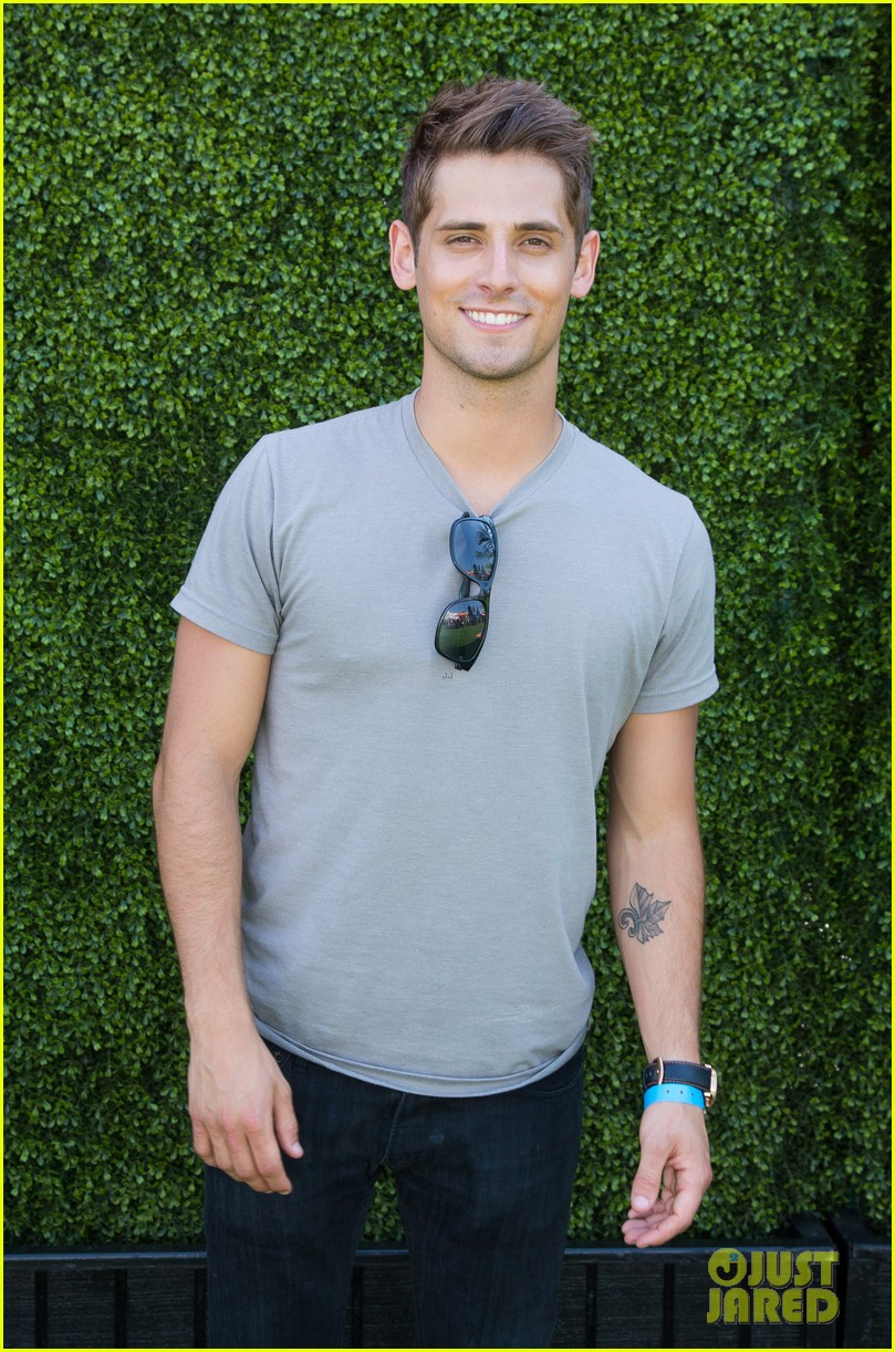 jesse metcalfe jaimie alexander just jared summer kick off party 28