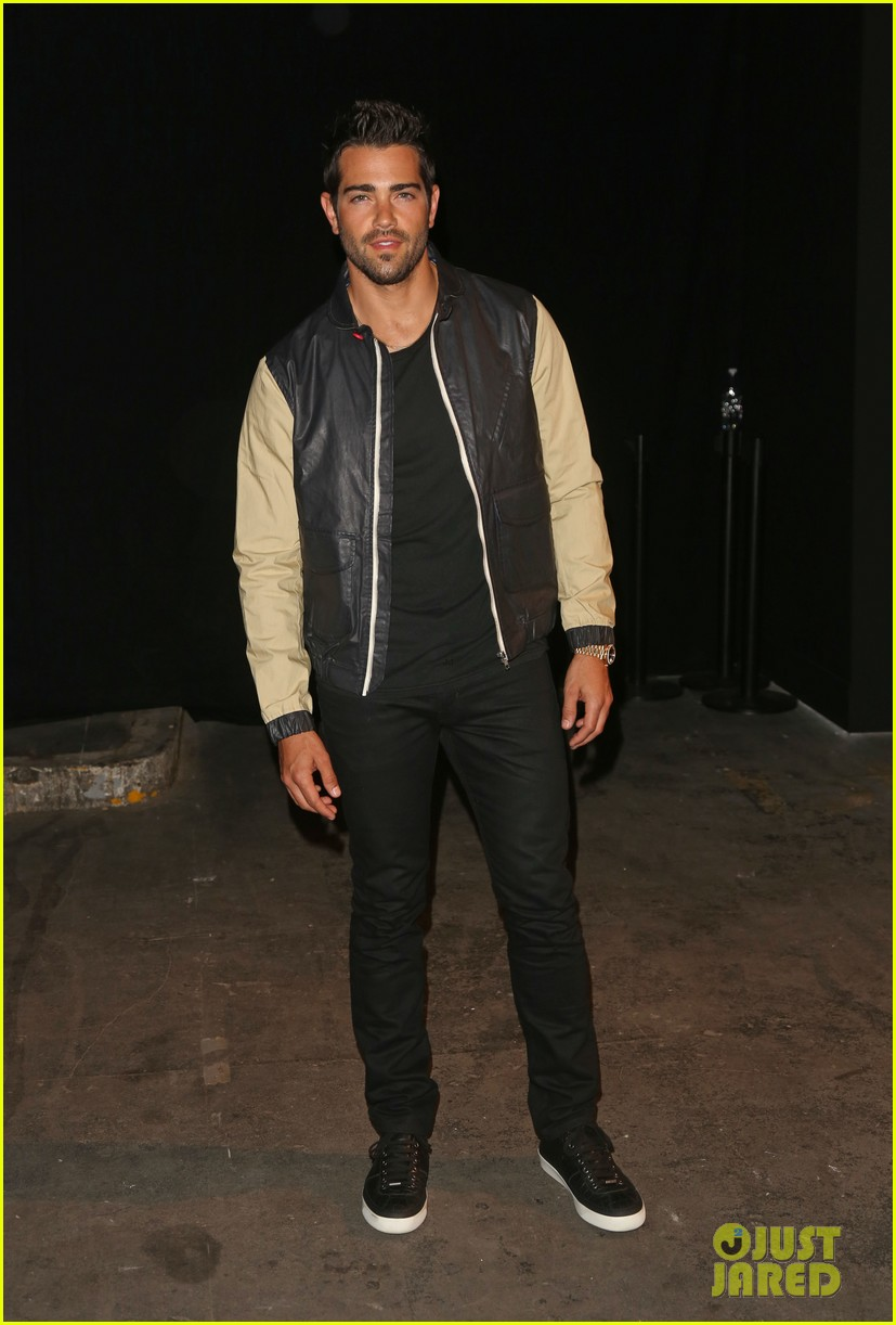 jesse metcalfe cara santana london fashion events 08
