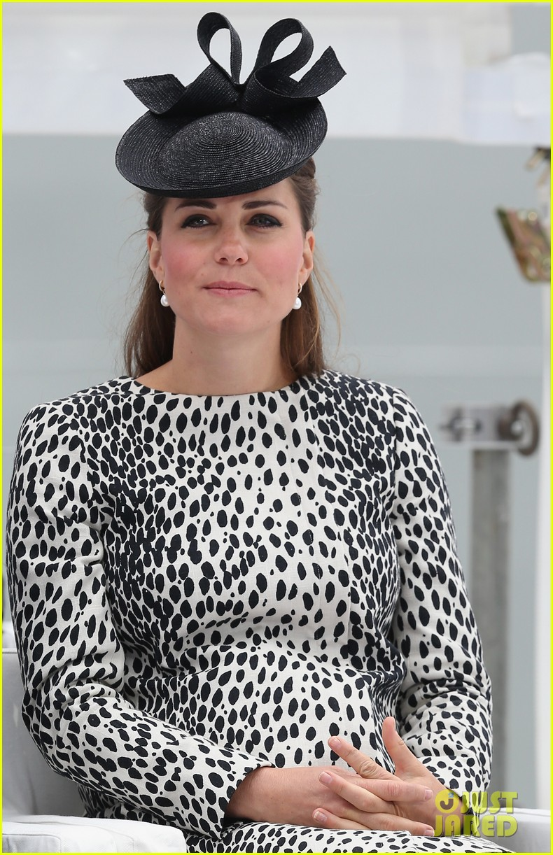 pregnant kate middleton baby bump at first ship christening 07