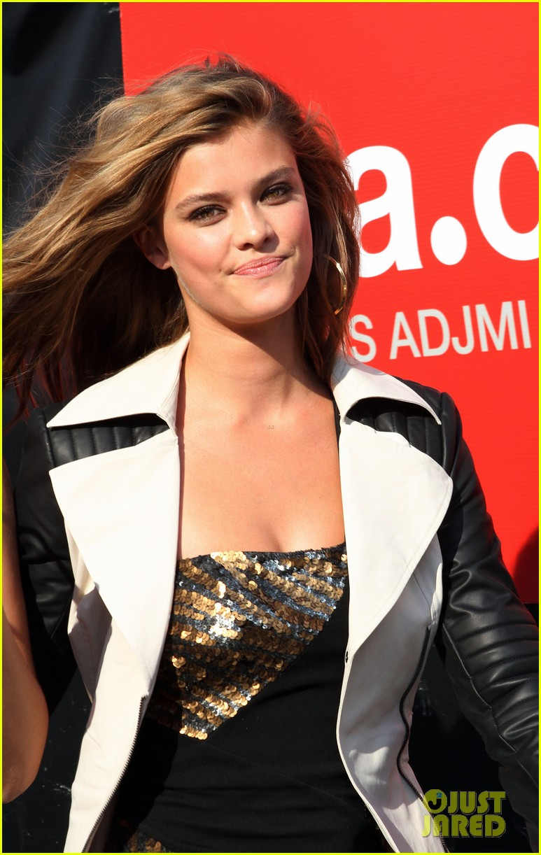 nina agdal photoshoot beauty in new york city 022895766