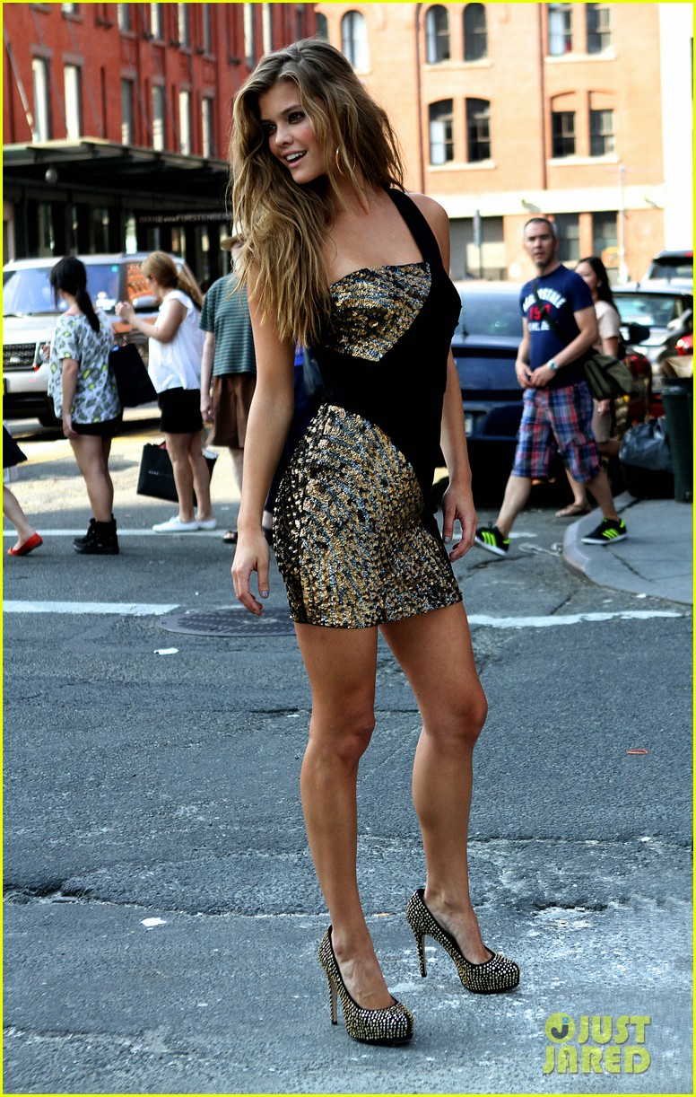nina agdal photoshoot beauty in new york city 072895771