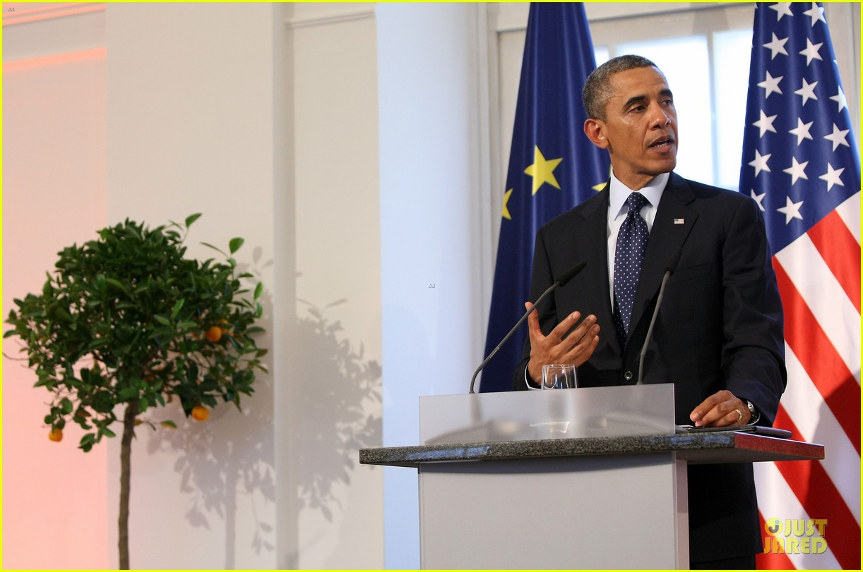 president obama brandenburg gate speech watch now 252894725