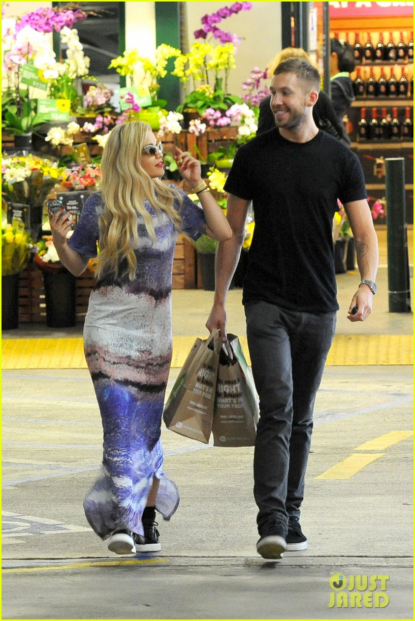 rita ora calvin harris cuddle up at whole foods 15